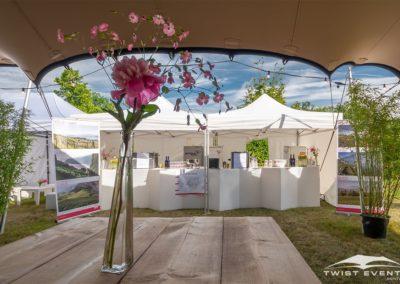Location tente de reception stretch L 315 m2 mobilier en bois guirlandes evenement prive geneve suisse (14)