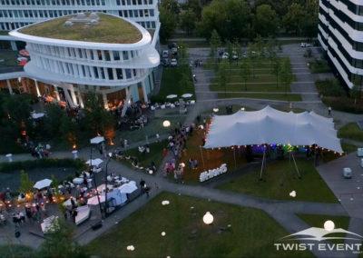 Tente-stretch-SOIREE-DENTREPRISE-Twist-Events-Location-tentes-de-réception-stretch-et-mobilier-événementiel-Genvève-Vaud-Suisse-Romande-8