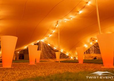 Twist-Events-Location-tente-de-reception-mobilier-evenementiel-Guirlandes-lumineuses-Cultural-Event-Geneve-Vaud-Suisse-Romande